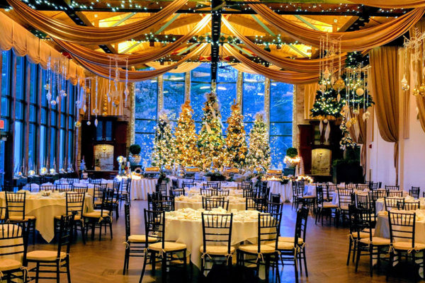 holiday-parties-the-pond-house-cafe-3