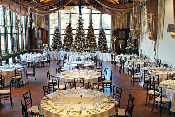 holiday-parties-the-pond-house-cafe-4