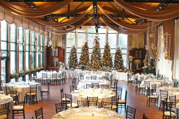 holiday-parties-the-pond-house-cafe-5